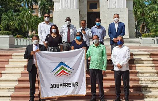 Celebran 43 Aniversario Fundación ADMPRETUR