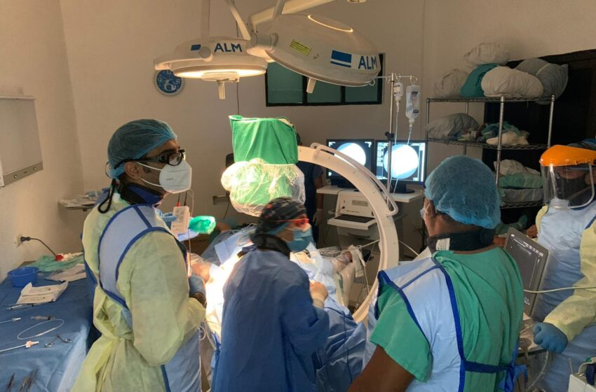 Instalan Sistema Intercardiaco Paciente Clinica Brugal Puerto Plata