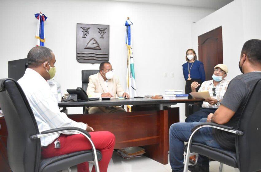 Directivos Junta Vecinos Celebran Encuentro Alcalde Roquelito Garcia