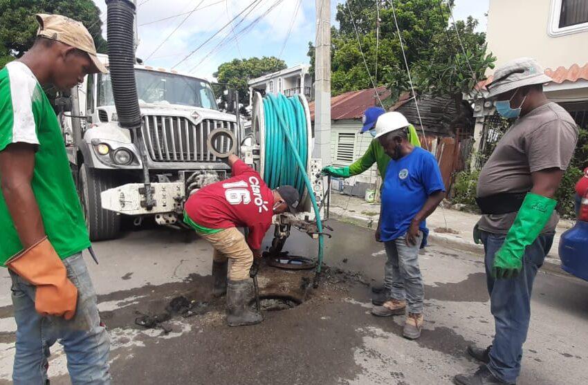 Técnicos CORAAPLATA Inician Proceso Limpieza Redes Sanitarias Puerto Plata