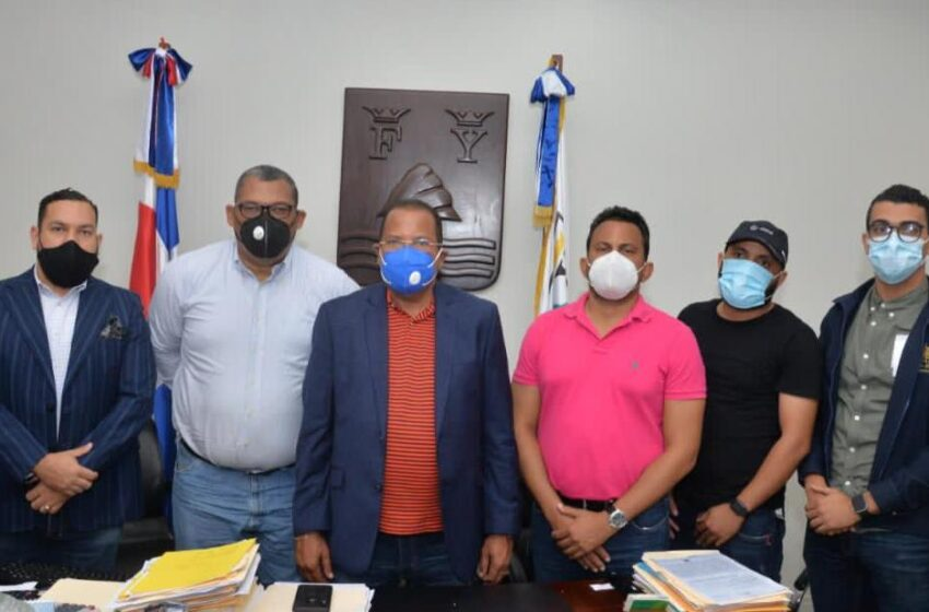 Alcalde García Insta Policía Apresar Responsables Falsificar Cheques Cabildo Puerto Plata