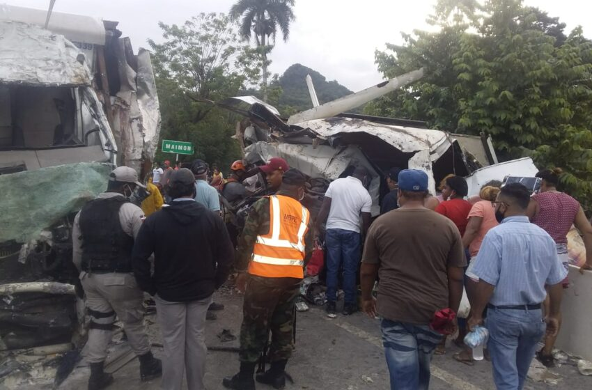 Aparatoso Accidente Tránsito Deja Cuatro Personas Muertas Distrito Maimón-Puerto Plata