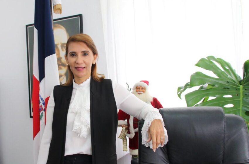 Gobernadora Alaba Creación Centro Denuncias para Turistas Cabarete-Puerto Plata