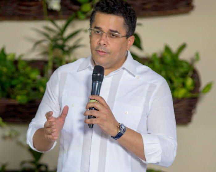 Ministro Collado Logra Recuperación Industria Turística República Dominicana