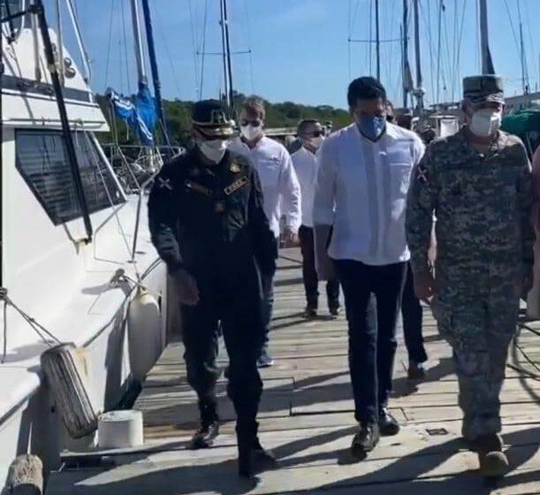 Ministro Turismo Gira Visita Sorpresa Bahía Municipio Luperón