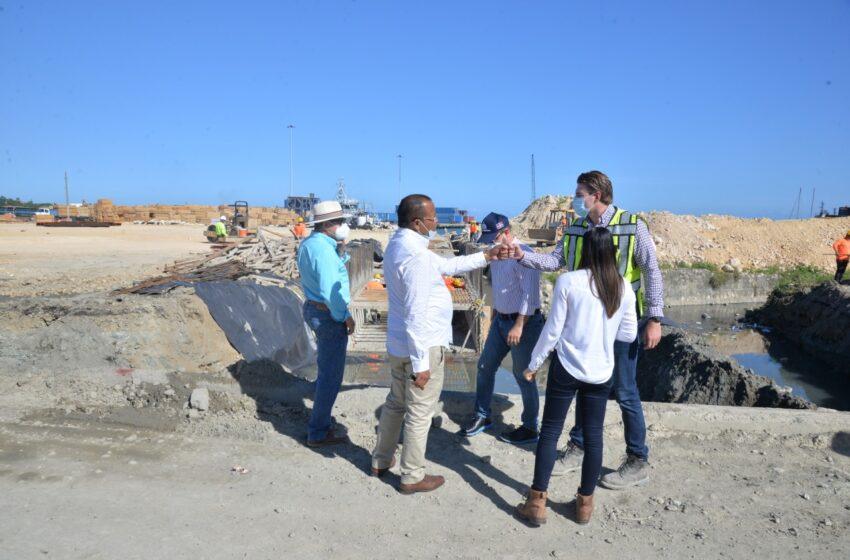 Alcalde García Supervisa Trabajos Construcción Nueva Terminal Turistica
