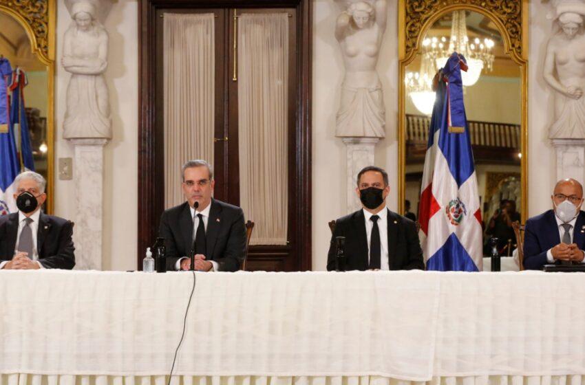Escogen Cuatro Nuevos Jueces Tribunal Constitucional