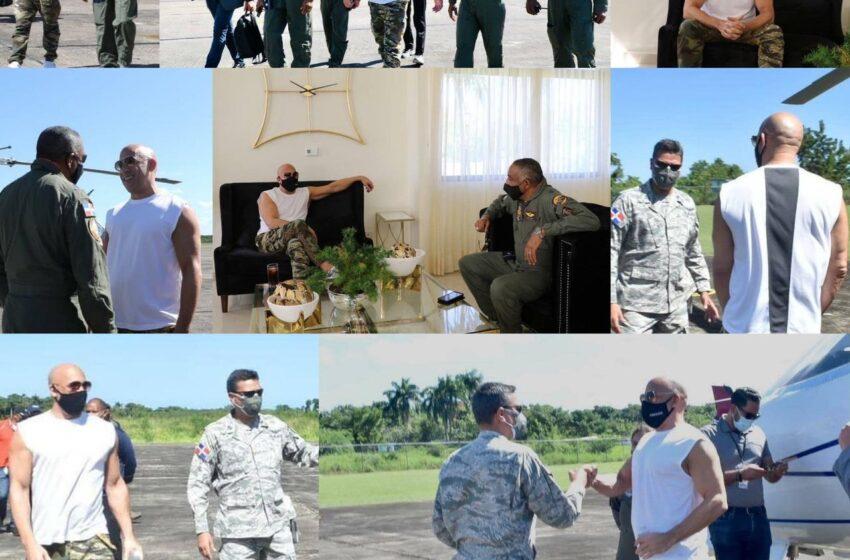 Actor Vin Diesel Gira Visita Instalaciones Base Aérea Puerto Plata