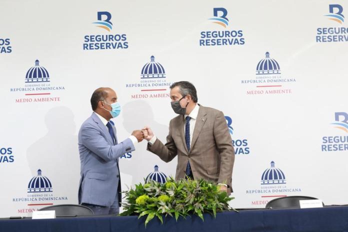 Ministerio Medio Ambiente, Seguros Reservan Firman Acuerdo Colaboración