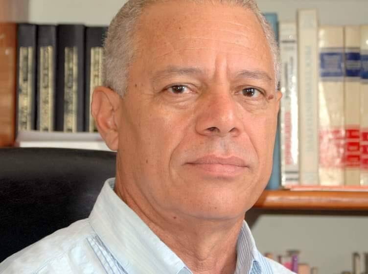 Abogado Ángel Díaz Escribe Sobre Oportunismo, Oportunistas