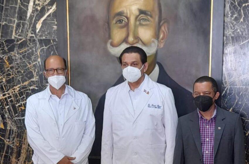 Ministro Salud Pública Visita Instalaciones Hospital Ricardo Limardo