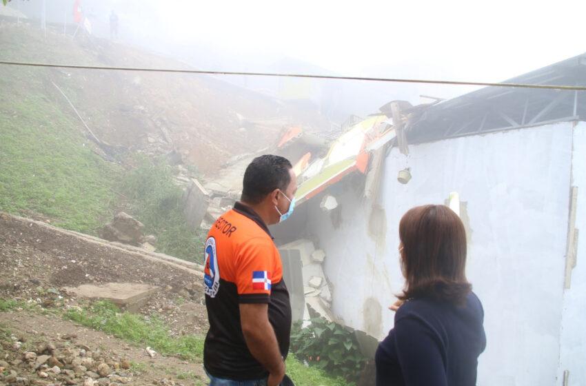 Gobernadora Inspecciona Derrumbes Ocurren Carretera La Cumbre-Puerto Plata