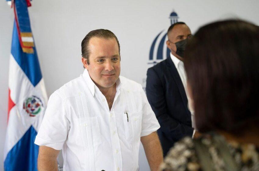 Ministro Paliza Resalta Encuentros Comunitarios Realiza Abinader