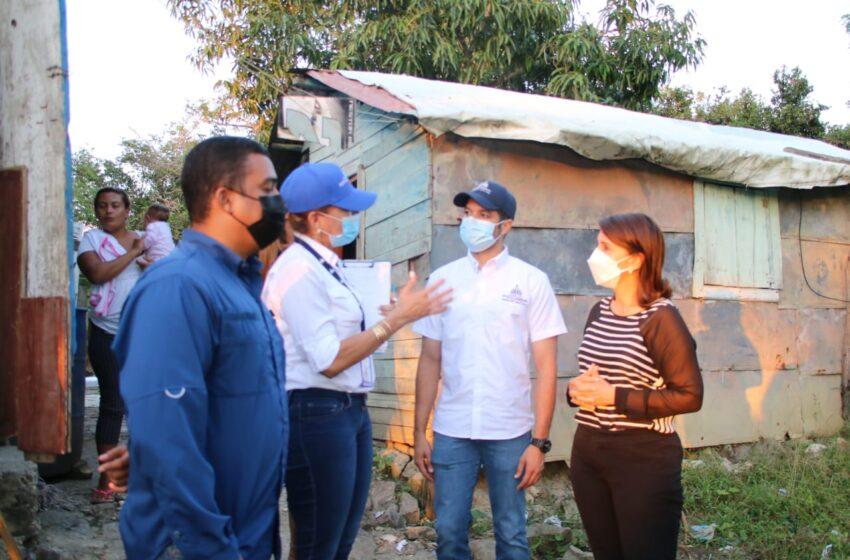Comisión Gobernación-INVI Recorren Barrios Puerto Plata