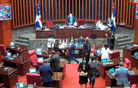 Senadores Extiende Otros 45 Días Estado Emergencia